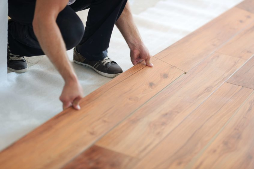 replacing laminate floors after water damage